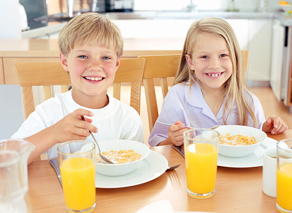 How To Get Your Kids To Eat Breakfast